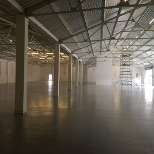Industrial Unit Internal Spray Painting